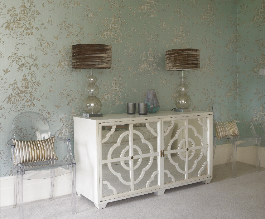 Glass lamps - mirrored sideboard